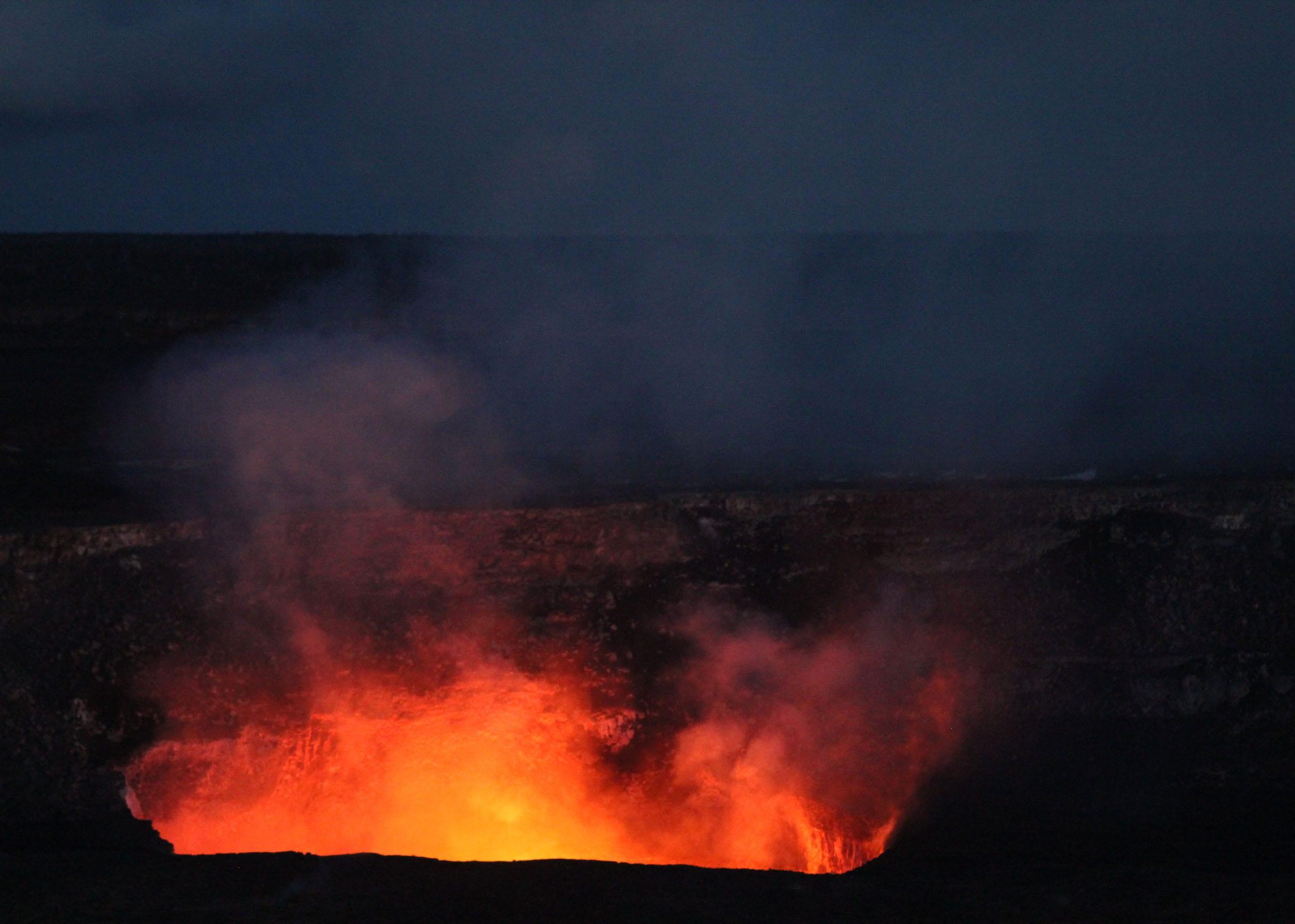 Cratère Halema'uma'u à Volcano National; Park