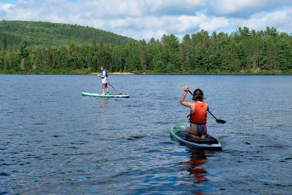 Sam et Fred en paddle board