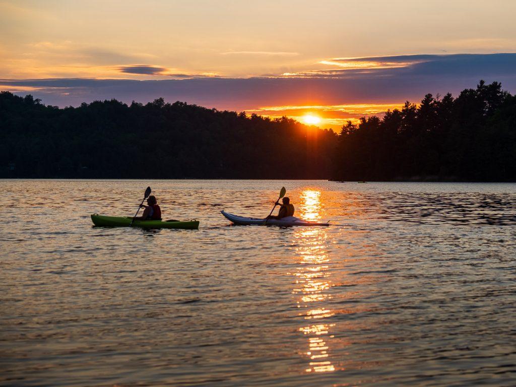 Couché de soleil sur le lac Stukely