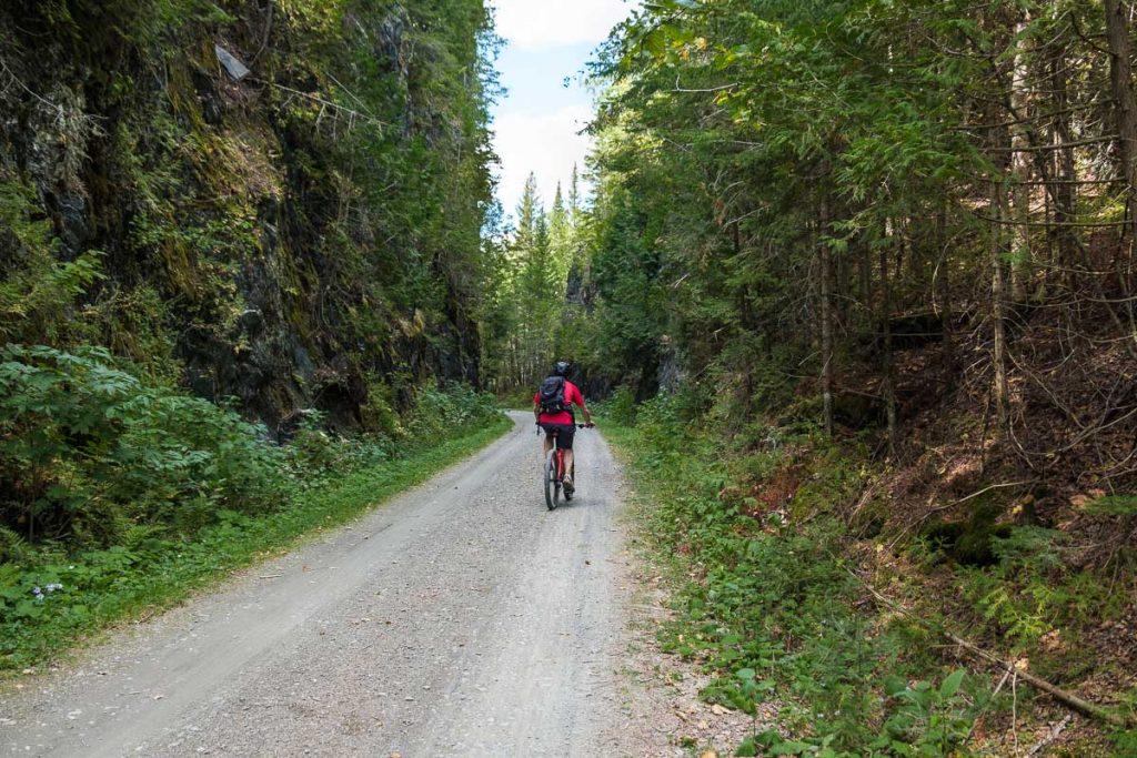 Sur la piste cyclable Le Petit Témis
