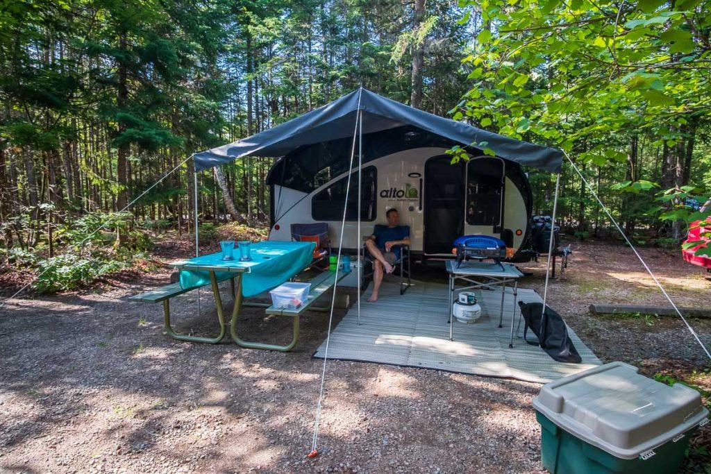 Au camping Wapizagonke
